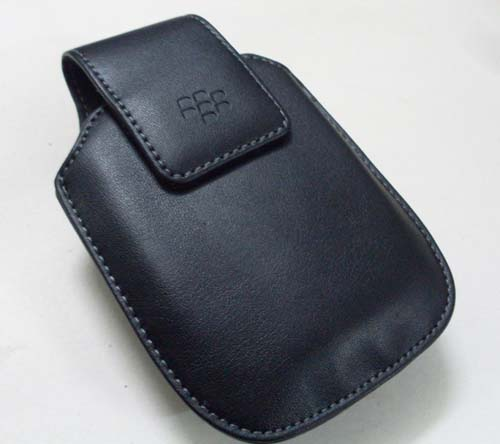 Leather Case for BlackBerry 9000 w/Belt Clip